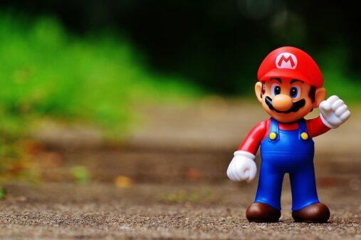ゲームのマスコット マリオ